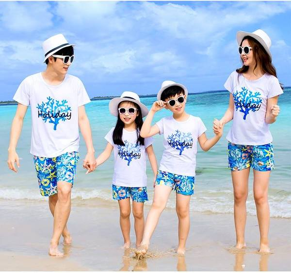 Áo gia đình đi biển