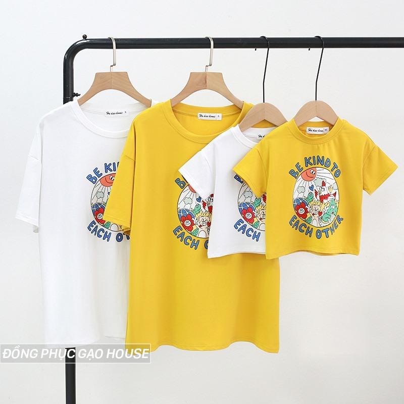 Set áo đồng phục 4 người phối màu vàng - trắng bắt mắt