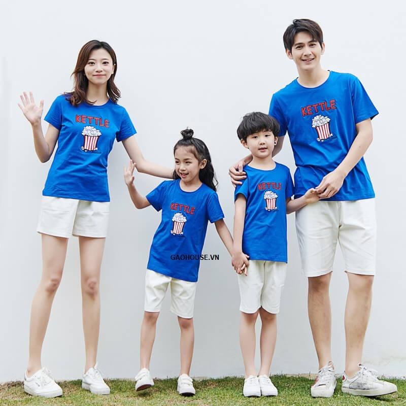 Bộ quần áo gia đình 4 người Kettle màu xanh dương thiết kế hình in đáng yêu