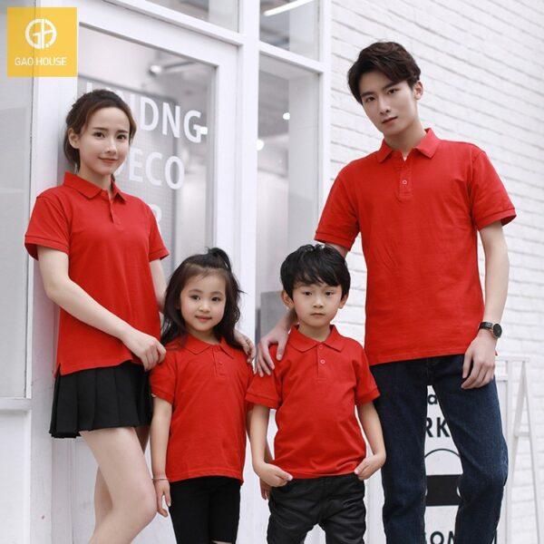Áo gia đình có cổ màu đỏ 09