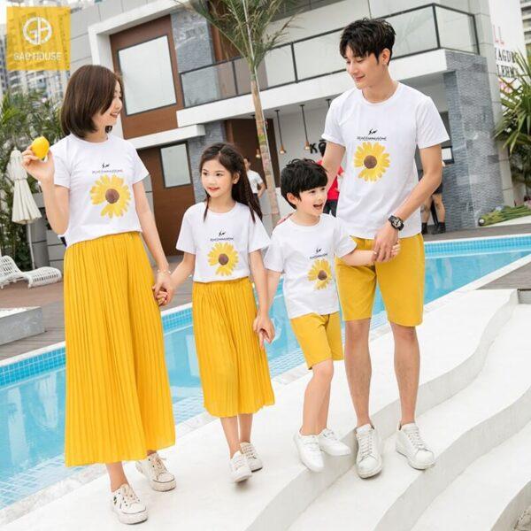 Áo gia đình đi biển hoa cúc hot trend AGD0058 (2)