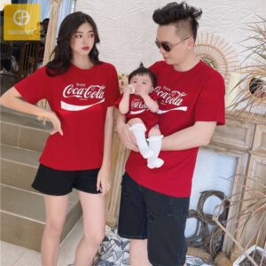 2_áo gia đình mùa hè 3 người cocacola