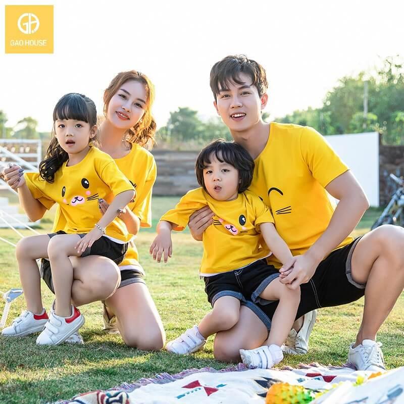 3_áo gia đình mùa hè họa tiết mèo dễ thương AGD0013 màu vàng
