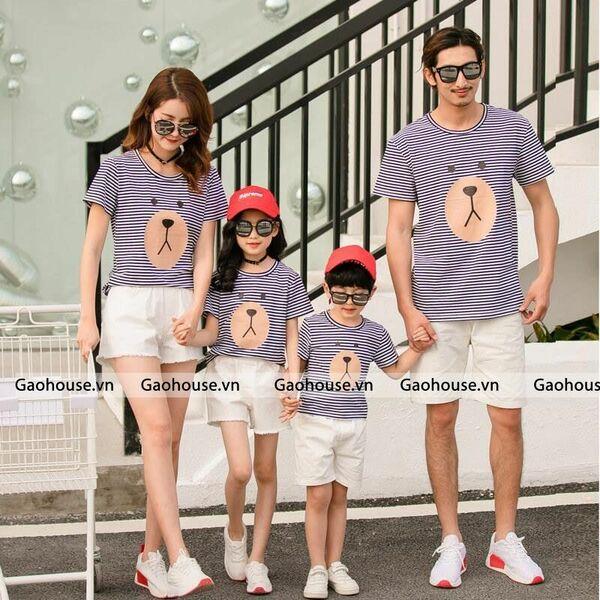 Set áo gia đình kẻ sọc ngang 4 người in hình mặt gấu lầy dễ thương
