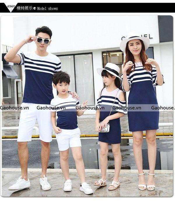 Set áo váy đồng phục gia đình 4 người đầm rớt vai
