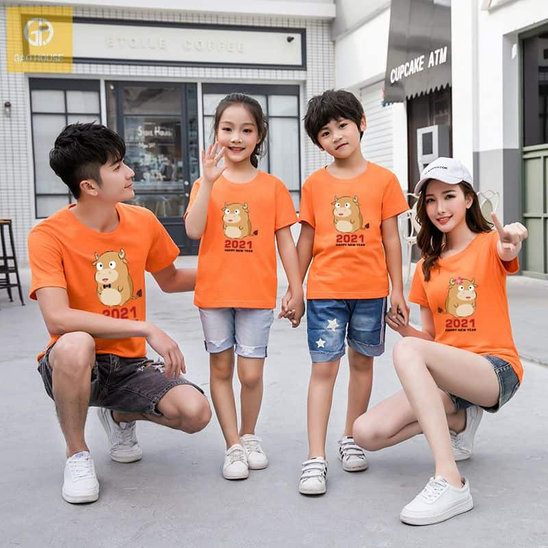 đồng phục gia đình tết màu cam