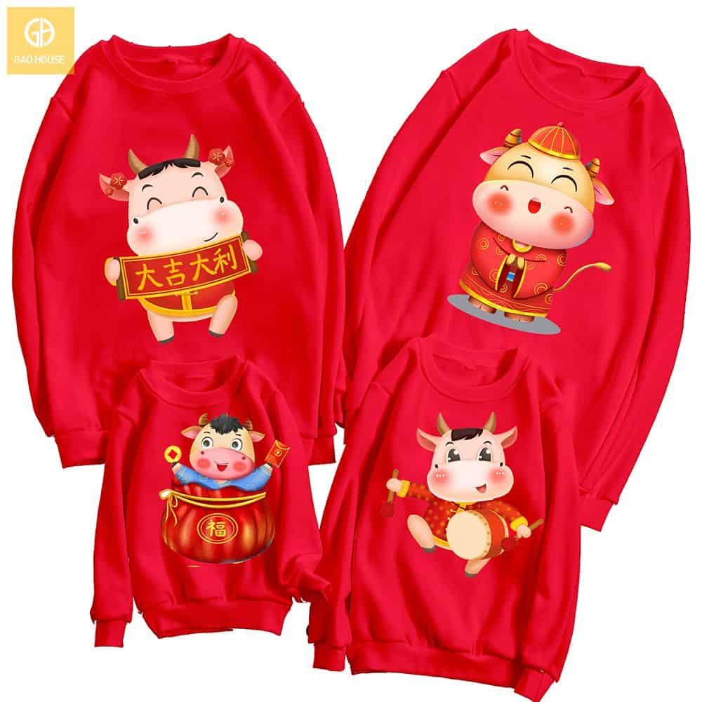 Đồng phục gia đình tết 2021 hoodie màu đỏ