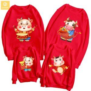 áo gia đình tết màu đỏ 4 người