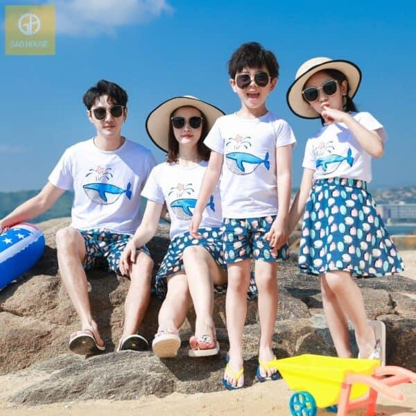 Áo gia đình đi biển in hình cá voi xanh AGD2020001